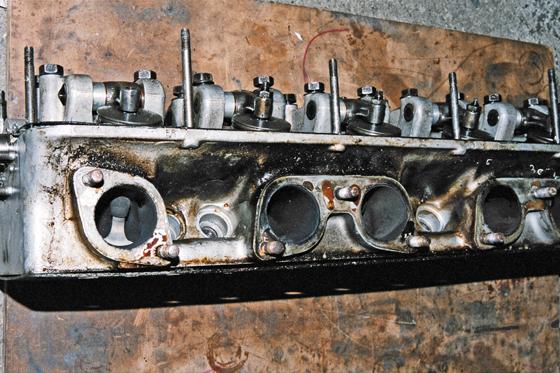 Forza Head Case 1964 Ferrari 330 g t Cylinder Head